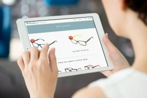 OPTICAMIRABEN--diseño-web-desarrollo-web-ecommerce-ilustración-diseño-gráficp-gestión-e-contenidos-xaniño-coruña-diseño-responsive